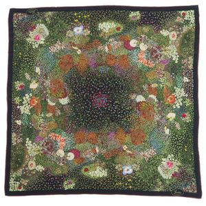 Vintage Old Gucci GUCCI Flora Flower Pattern 100% Silk Large format Scarf Made in Italy Ladies Black Multicolor