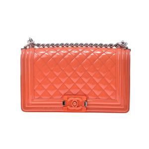 シャネル(Chanel) シャネル ボーイシャネル チェーンショルダーバッグ オレンジ SV金具 レディース エナメル ABランク CHANEL 中古 銀蔵