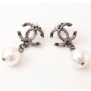Chanel Earrings CHANEL CC Logo Coco Mark Gun Metallic Pearl Rhinestone