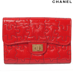 Chanel Folded Wallet Card Case Smartphone CHANEL Puzzle Pattern Patent Leather Red