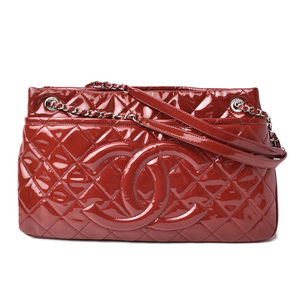 Chanel Shoulder bag Chain tote CHANEL Patent leather Rouge red Silver hardware