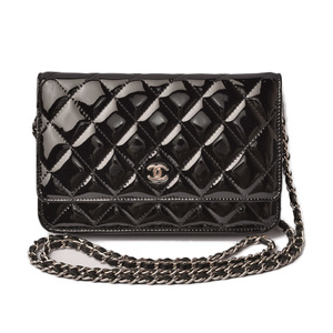 CHANEL Long wallet chain shoulder bag A33814 patent leather black silver hardware