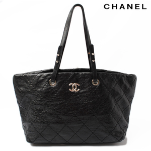 CHANEL Shoulder bag tote quilted leather black metal fittings silver