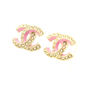 Chanel Earrings AB1520 Gold Faux Pearl Coco Mark Pink Ladies