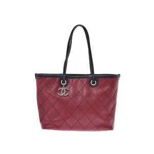 Chanel Matrassé Tote Bag On The Road Bordeaux Ladies Caviar Skin A Rank Good Condition CHANEL Pouch Used Ginzo