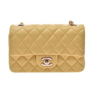 シャネル(Chanel) シャネル マトラッセ チェーンショルダーバッグ 黄 G金具 レディース ラムスキン 未使用 美品 CHANEL ギャラ 中古 銀蔵