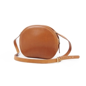 Old coach COACH USA leather shoulder bag ladies diagonally camel brown American made vintage