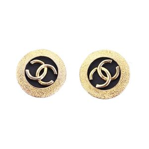 Vintage Chanel CHANEL Ladies Coco Mark Earring Gold Made in France