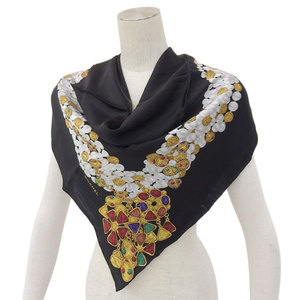 Chanel CHANEL scarf black pearl jelly pattern * ETC