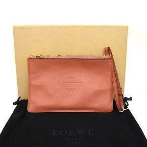ロエベ(Loewe) LOEWE ロエベ ポーチ クラッチバッグ レザー ピンク ゴールド金具 176.79.D69 マルチケース  保存袋付き 335642  RYB2796