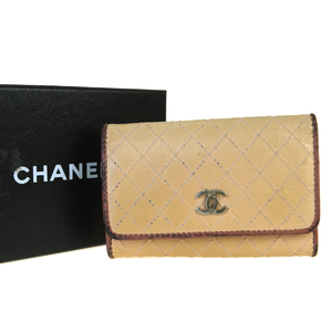 Chanel Coco Bicolore Leather Key Case Beige