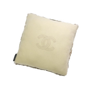 CHANEL Logo Bicolor Cushion Ori Ragfar Cashmere Off White Brown Canvas Interior 20190909