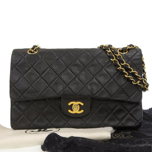Chanel CHANEL matrasse 25 shoulder bag leather black A01112