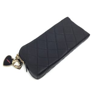 CHANEL K91023865 PD1 Chanel Pouch Matrasse Leather Charm with Heart