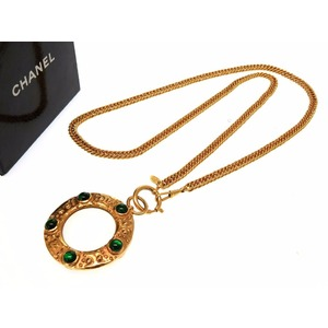 Chanel Loupe Green Color Stone Vintage Gold Necklace Accessory 0061CHANEL