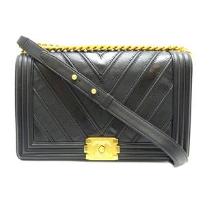 Chanel Boy Chain Shoulder Ladies Bag Leather Black Gold Hardware DH57225