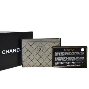シャネル(Chanel) ビコローレ CC レザー カードケース シルバー
