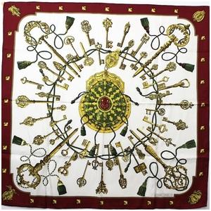 Hermes silk scarf Calle 90 White engine key pattern HERMES Ladies