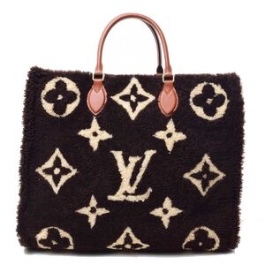 LOUIS VUITTON Monogram Teddy on the Go GM Tote Bag Leather
