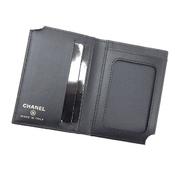 シャネル(Chanel) シャネル CHANEL ココマーク パスケース カードケース  CC 二つ折り カード入れ 名刺入れ ブラック キャビアスキン  ユニセックス【15】 【中古】【アウトレット】