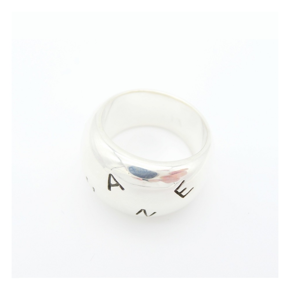 シャネル(Chanel) シャネル ジュエリー リング シルバーロゴリング レディース / SV925 / 太め シンプル アクセサリー  カジュアル 指輪 プレゼント 誕生日 記念日 【中古】【アウトレット】
