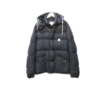 Moncler Men's Jacket (Navy)