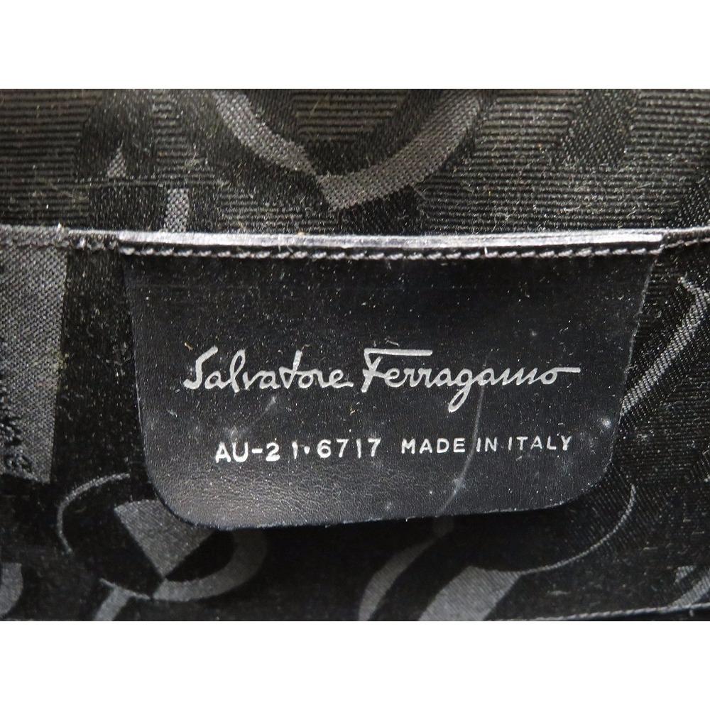 683456a58d1 Salvatore Ferragamo Gancini Chain Aluminum Shoulder Bag Au - 21 6717 Silver  0478 Fragamo
