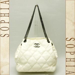Chanel Bubble Quilt Leather Shoulder Bag Off White