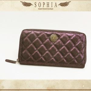 Chanel (Chanel) Matrasse Round Fastener Purse Purple