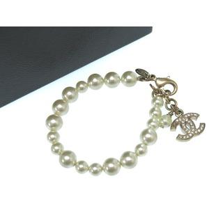 Chanel Coco Mark Bracelet Rhinestone Fake Pearl Gold Ladies Accessory 0531 Chanel