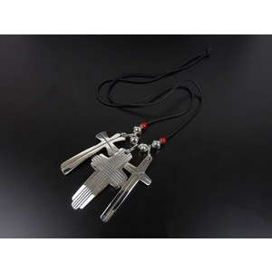 Sippy Crazy Horse Triple Cross Necklace Sv