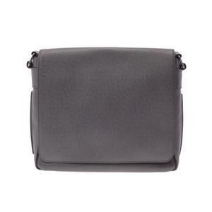 Used Louis Vuitton Taiga Romain Pm Gracie M32700