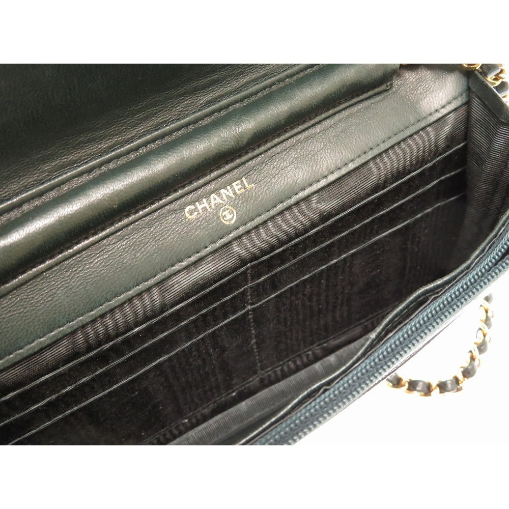 227b20e01ed904 Chanel Caviar Wallet Chain Shoulder Bag Green Vintage Coco Mark 0259