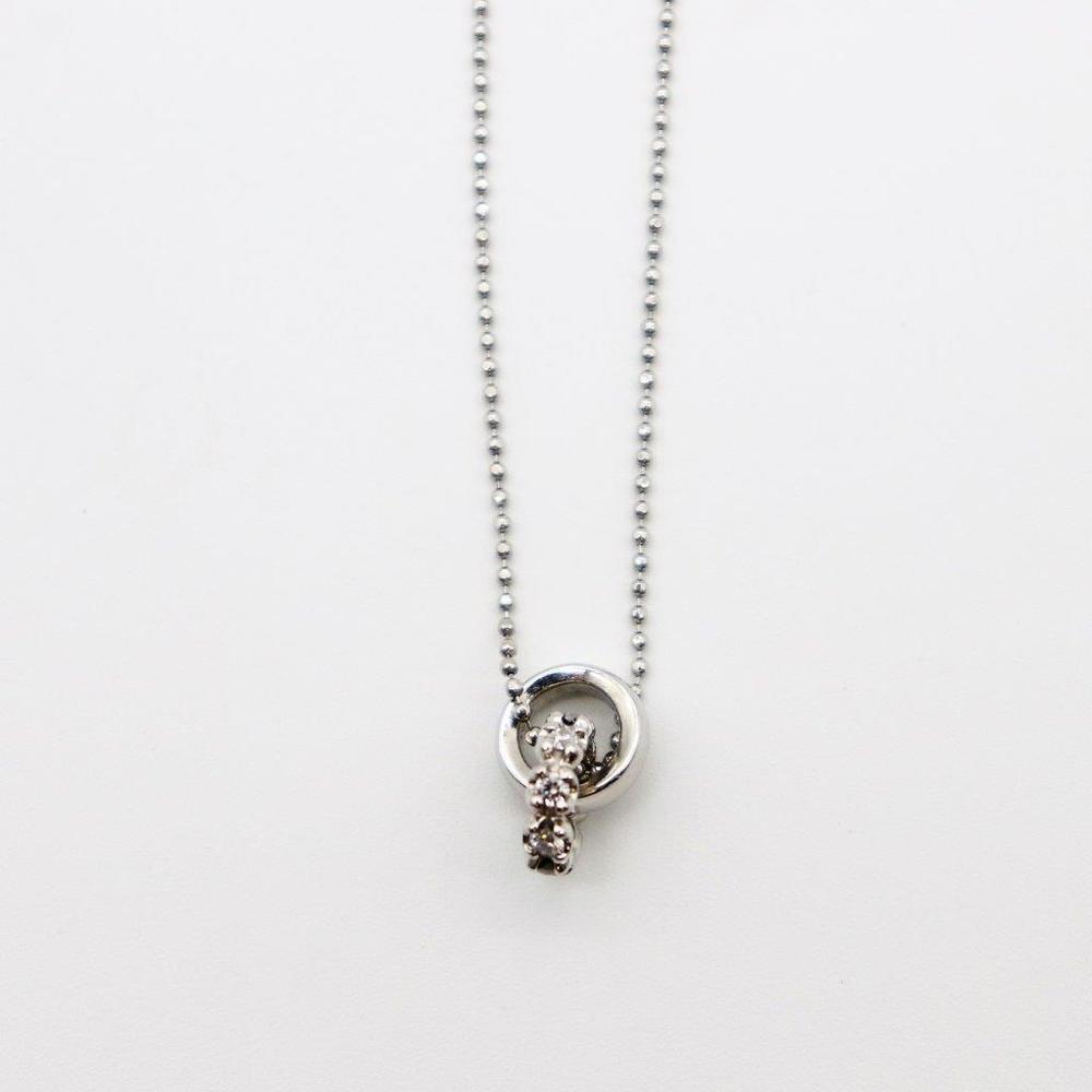 ヨンドシィ(4℃) Pt850(プラチナ) ダイヤモンド レディース エレガント ペンダント (プラチナ) ダブルループ 8Pダイヤ