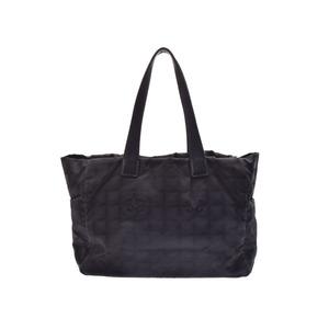 Second-hand Chanel New Travel Line Tote Mm Black Nylon ◇