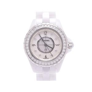 中古 シャネル J12 29mm 白セラミック シェル文字盤 ベゼルダイヤ 8Pダイヤ H2572 クオーツ 腕時計 レディース CHANEL◇