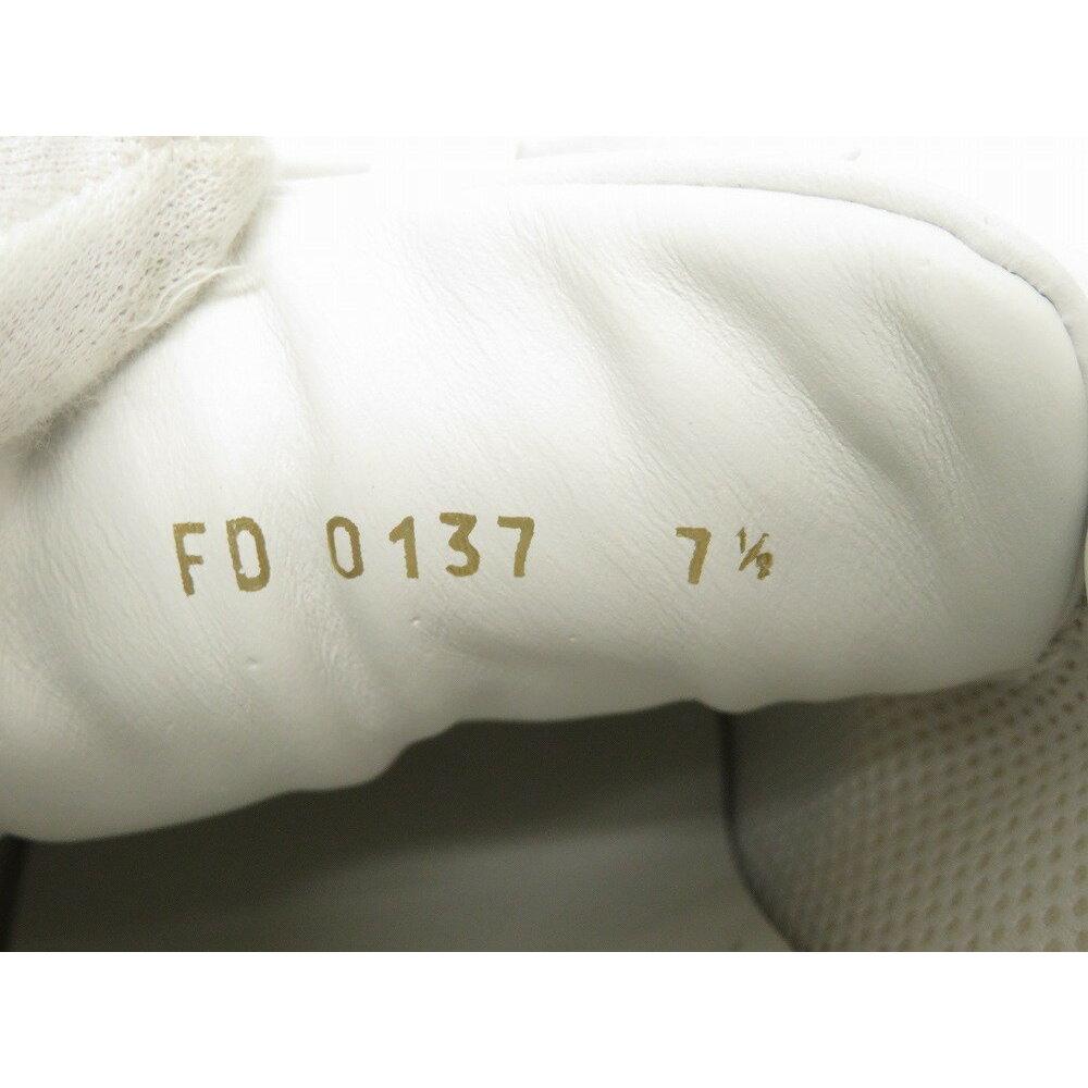 67e77a35847 Unused Louis Vuitton × Supreme Runaway 7 1/2 White Leather 2017 Aw Sneakers  1a3 Epo Shoes Men's Lv 0078 | elady.com
