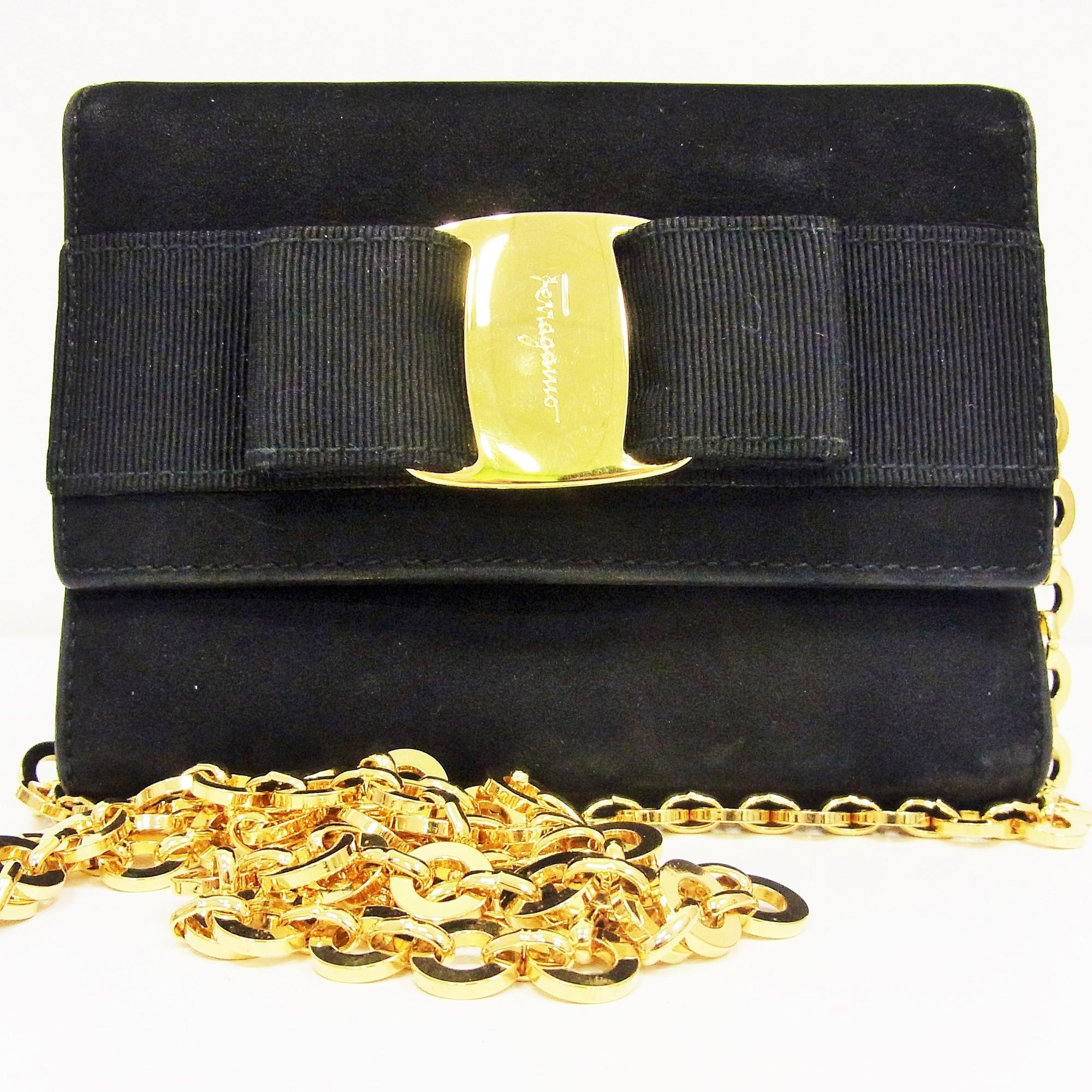 65d77d9a79f9 Auth Salvatore Ferragamo Vara Bow 2way Gold Chain Mini Women s Suede ...